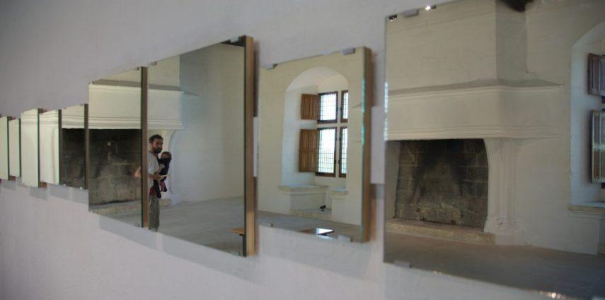 Installation #1, Art & Language, Mirror Piece, 1965. Château de Montsoreau-Musée d'art contemporain. Crédit Philippe Fraboulet